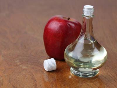 vinagre de maçã para clarear manchas do bumbum e coxas