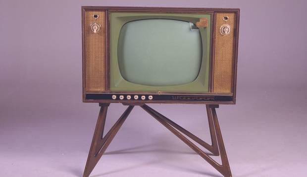quem inventou a televisão